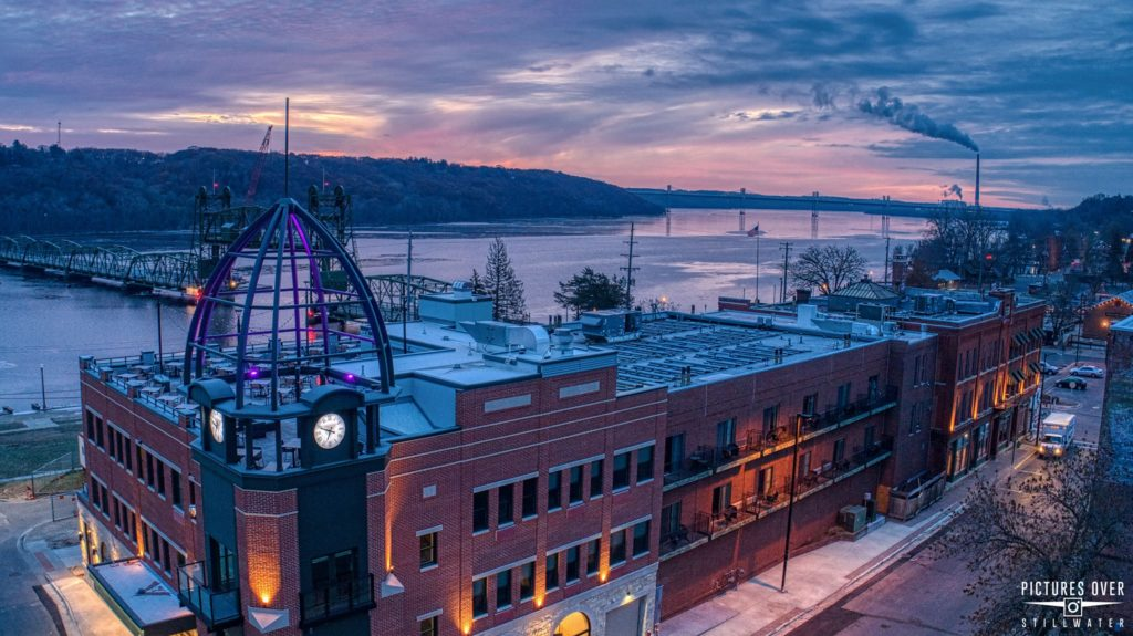 Enjoy all of the romantic things to do in Stillwater MN from our historic Riverfront Hotel, Water Street Inn