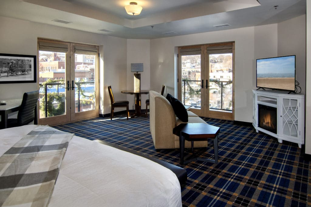 Our Stillwater MN Hotel guest rooms often dazzling river views.
